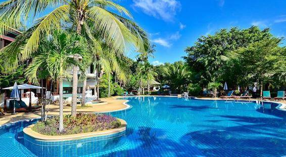 First Bungalow Beach Resort Samui