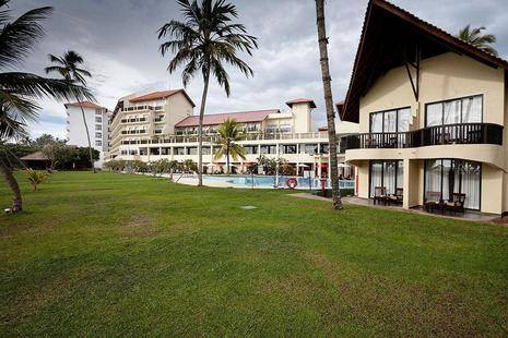 Turyaa Kalutara (Ex.The Sands By Aitkenspence Hotels, Ex. Ramada Resort)