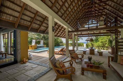 Four Seasons Resort Landaa Giravaru