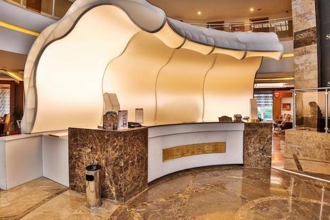 Saturn Palace Resort Hotel