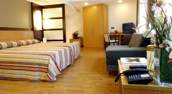 Catalonia Atenas Hotel