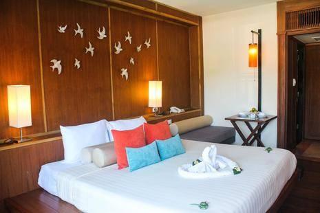 Seaview Patong Hotel