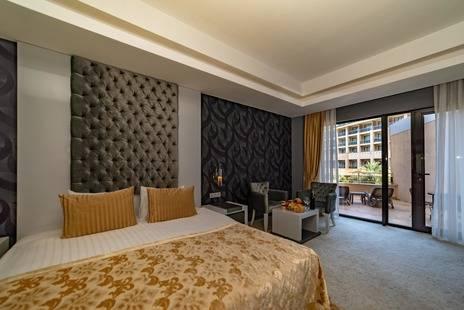 Amara Luxury Resort & Villas