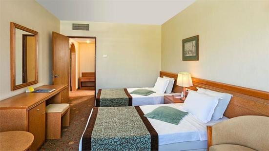 Ozkaymak Marina Hotel