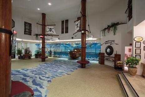 Pirate's Beach Club Hotel