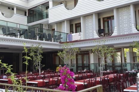 Britannia Hotel & Villas