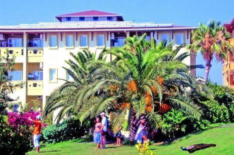 Lonicera Garden Hotel (Ex. Lonicera Kosdere)