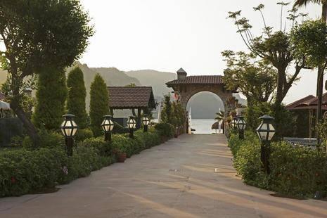 Marti Resort
