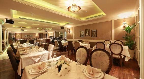 Al Khaleej Palace Hotel