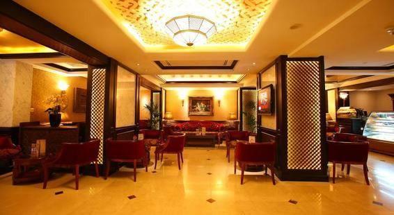 Arabian Courtyard Hotel & Spa