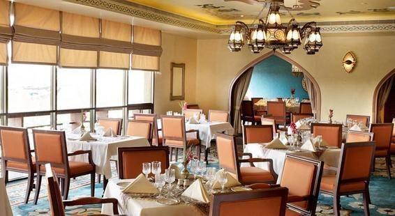 Radisson Blu Dubai Deira Creek