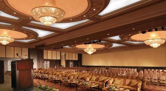 Movenpick Grand Al Bustan Dubai (Ex.Roda Al Bustan Dubai Airport)