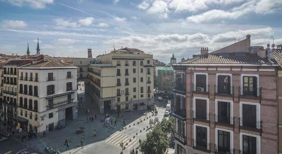 Petite Palace Mayor Plaza