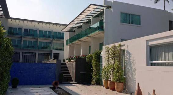 Kc Beach Resort & Pool Villas