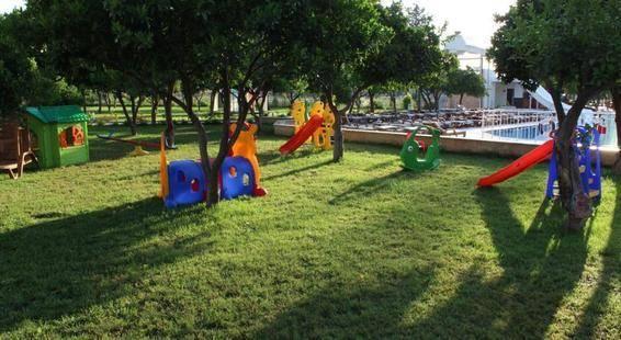 Monna Roza Garden Resort Hotel (Ex.Batont Garden Resort)