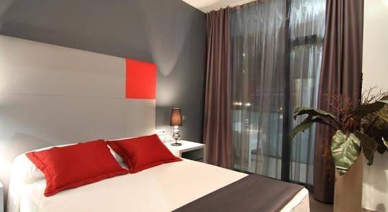 Four Elements Suites Aparthotel