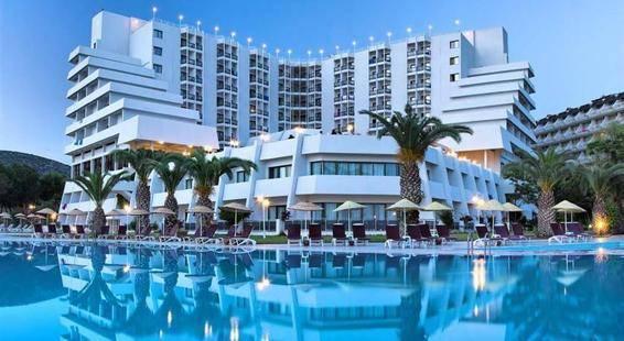 Blue Vista Hill Hotel