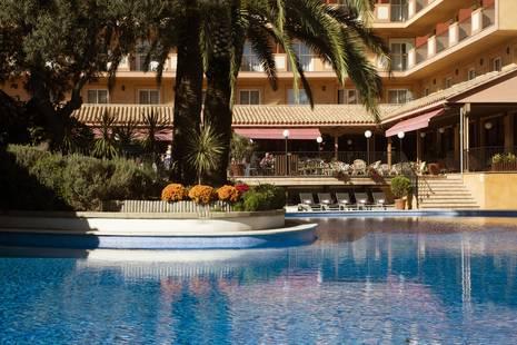 Luna Club Hotel