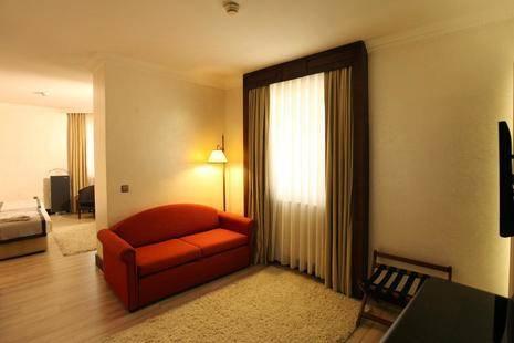 Occidental Taksim Hotel ( Ex. Lares Park Hotel)