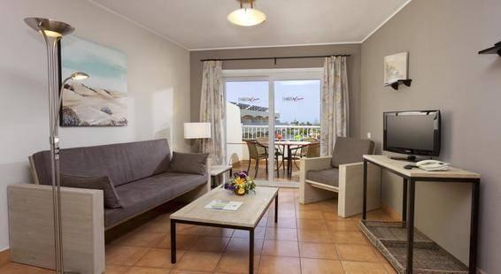 Sol Barbacan Aparthotel