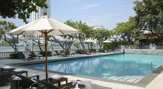 Shangri La Hotel