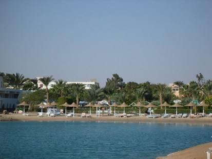 El Samaka Beach