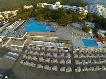 Perre La Mer Resort & Spa (Ex. La Mer Hotel )