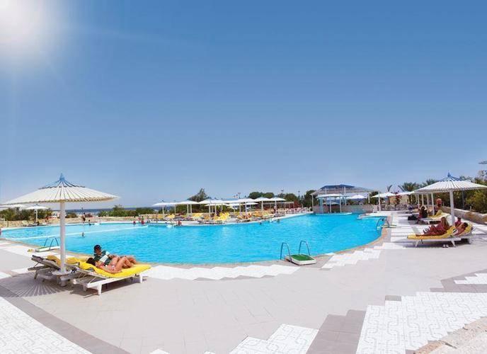 Coral Beach Resort (Ex. Coral Beach Rotana Resort)