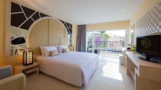 Andaman Embrance Patong (Ex. Club Andaman Beach Resort)