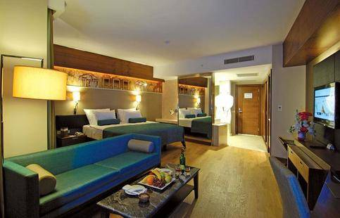Commodore Elite Suite & Spa (Adults Only 18+)