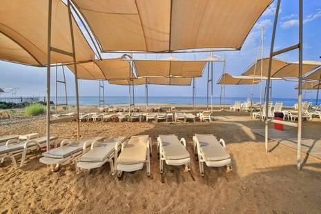 Hedef Beach Resort Hotel