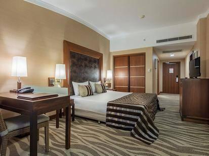 Rixos Sungate Hotel