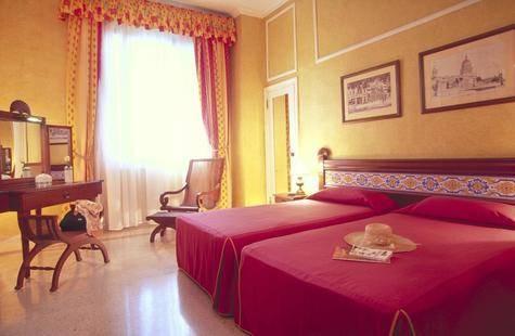 Hotel Sevilla (Ex.Mercure Sevilla)