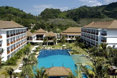 Naithonburi Beach Resort