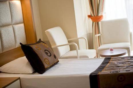 Oz Hotels Incekum Beach Resort