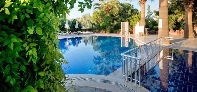 M.C. Mahberi Beach (Ex. Hotel Evenia Olympic Suites)