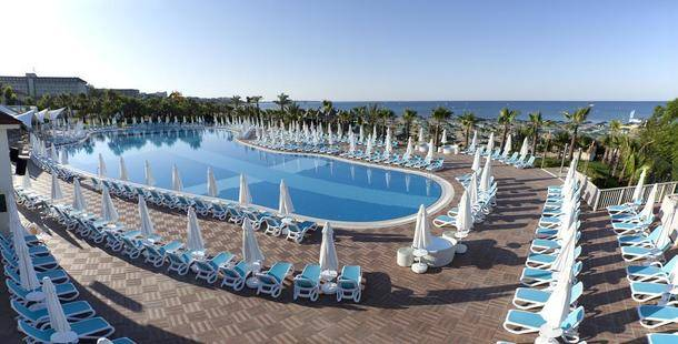Paloma Oceana Resort