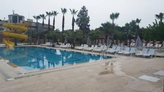 Grand Hotel Derin (Ex.Sunmerry Hotel)