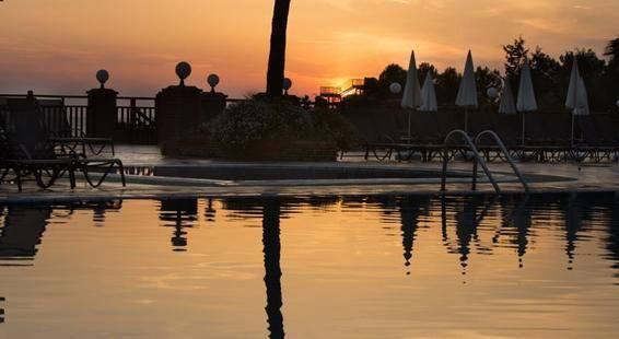 Pine Bay Holiday Resort