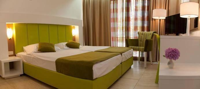 Slovenska Plaza Hotel