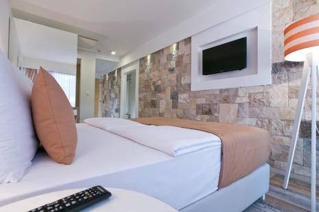 Castellastva Hotel