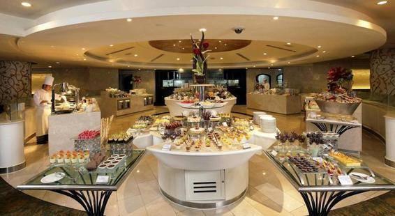 Dusit Thani Bangkok Hotel