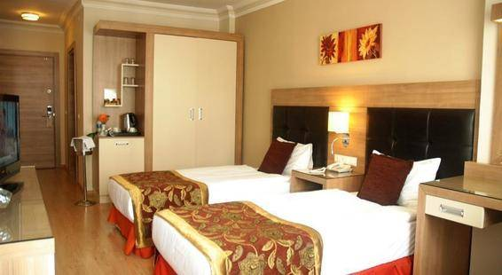 Suite Laguna Hotel
