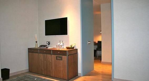 Gallery Hotel