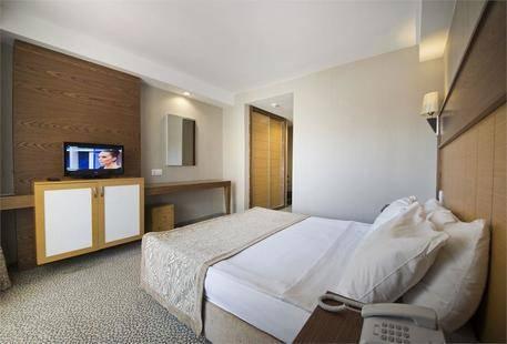 Otium MC Beach Resort (Ex. M.C. Beach Resort, Ex. Serapsu Hotel)