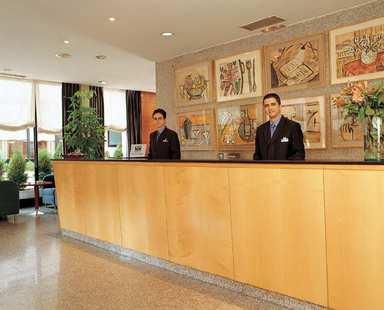 Nh Prisma Hotel