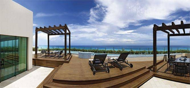 Live Aqua Beach Resort Cancun (Adults Only 18+)