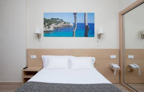 Samos Hotel (Adults Only 13+)