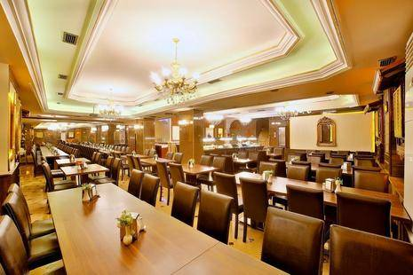 Grand Ant Hotel