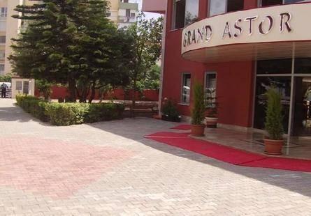 Grand Astor Hotel